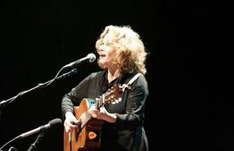Chava Alberstein
